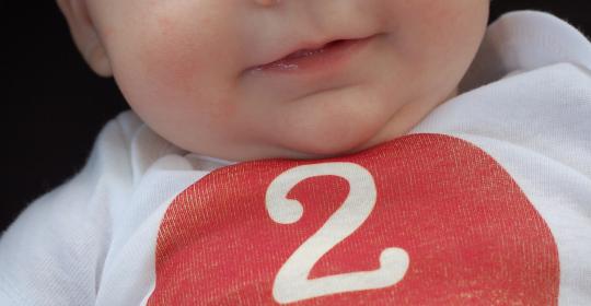 Dezvoltarea bebelusului la 2 luni